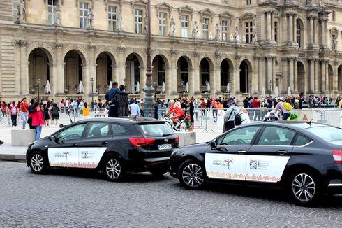 Wonderful Indonesia Hiasi Taksi di Paris