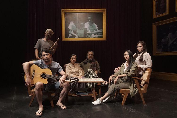 Teater Rumah Kenang yang digarap oleh Titimangsa Foundation.