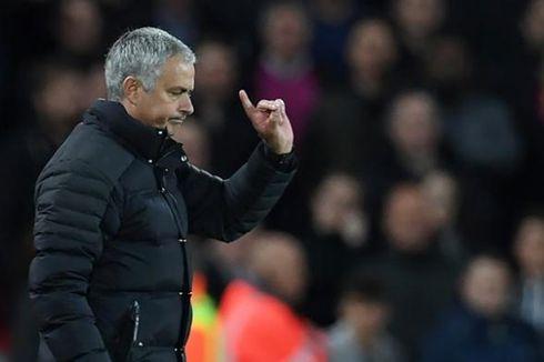 Man United Menang Telak, Mourinho Kian Semangat Tembus 4 Besar