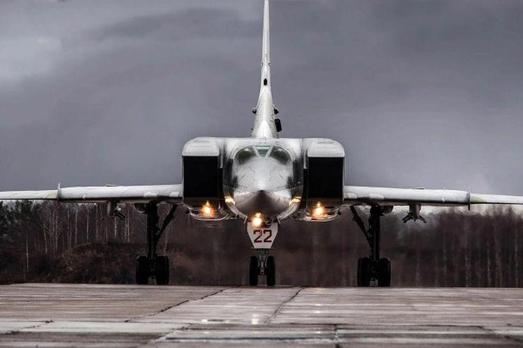 Rudal mini hipersonik baru Rusia sedang dikembangkan untuk diluncurkan dari pembom supersonik Tu-22M3. [Dok. Tupolev Via The Sun]
