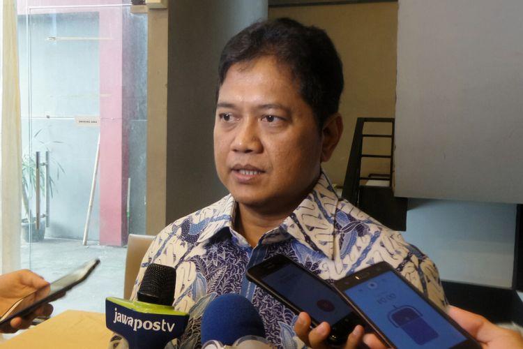 Politisi dari Partai Amanat Nasional (PAN) Viva Yoga Mauladi dalam diskusi Perspektif Indonesia dengan topik: Mengobati Luka Pilkada di kawasan Menteng, Jakarta Pusat, Sabtu (22/4/2017).