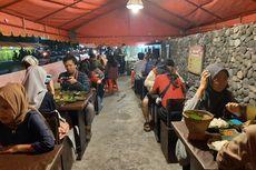 Sensasi Pedas Waroeng Spesial Sambal, Bikin Pembeli Berkeringat