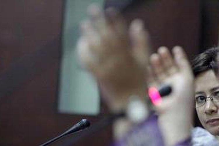 Politisi perempuan dari Partai Golkar Nurul Arifin.