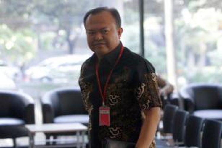 Patrice Rio Capella, tiba di kantor KPK, Jakarta Selatan, Rabu (23/9/2015). Ia diperiksa sebagai saksi bagi Gubernur nonaktif Sumatera Utara Gatot Pujo Nugroho dan istrinya, Evy Susanti, dalam kasus dugaan suap kepada hakim dan panitera Pengadilan Tata Usaha Negara (PTUN) di Medan.