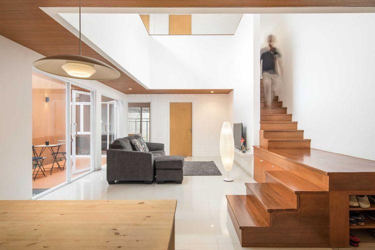 Interior rumah minimalis dengan konsep terbuka yang sederhana namun keren