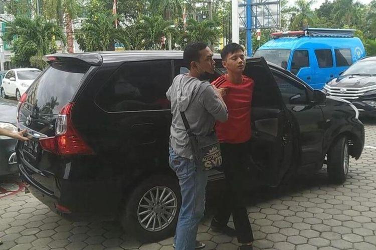 Anggota DPRD kota Palembang inisial D yang ditangkap tim BNN Sumatera Selatan, Selasa (22/9/2020).