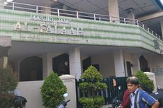 Warga: Ninoy Diamuk Massa Bukan di Dalam Masjid, tapi di Luar