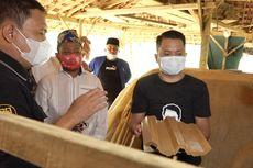 Anggota Komisi IV DPR Ini Upayakan Pengrajin Genting di Sampang Dapat Bantuan Alat Kerja