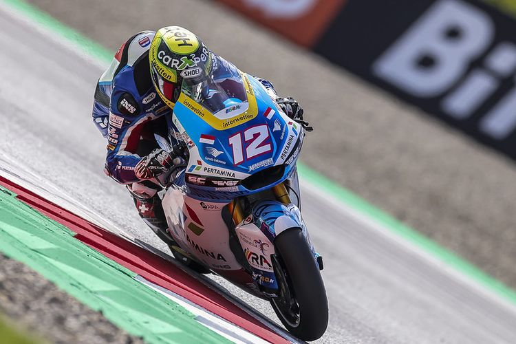 Pebalap Pertamina Mandalika SAG Team, Tom Luthi, saat berlaga pada Moto2 Austria 2021