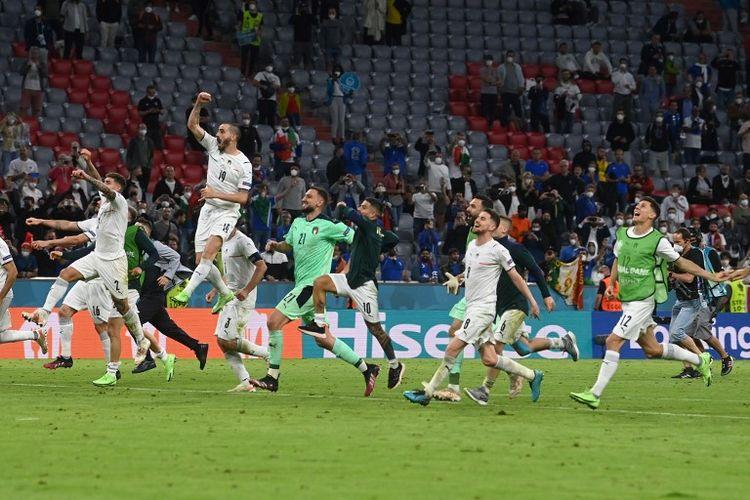 Timnas Italia merayakan kemenangan setelah laga melawan Belgia pada perempat final Euro 2020 di Allianz Arena, Muenchen, Jerman, Sabtu (3/7/2021) dini hari WIB.