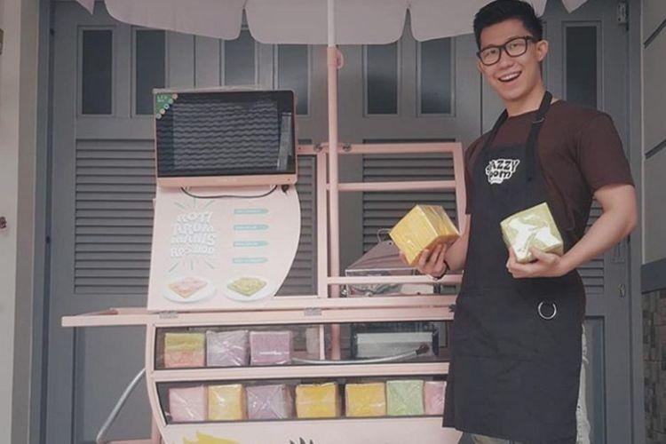 Ryan Adam Saputra Angkawijaya pemilik Snazzy Boom