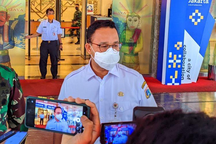 Gubernur DKI Jakarta Anies Baswedan saat ditemui di Lobi Blok G Balai Kota DKI Jakarta, Rabu (8/9/2021)