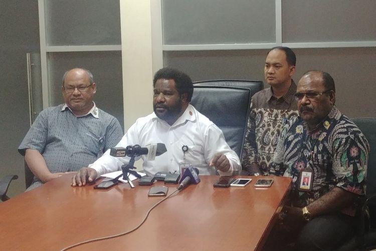 Staf Khusus Presiden Pokja Papua, Lenis Kagoya