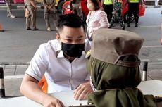 Dua Pedagang di Pasar Baru Marahi Satpol PP, Merasa Dituduh Tak Pakai Masker