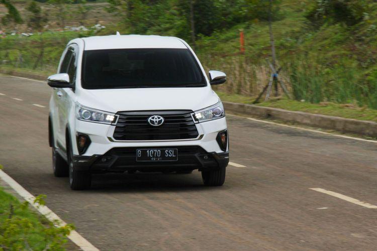 Toyota All New Innova Venturer 2.4 Diesel AT. Kompas.com menguji untuk pemakaian harian.
