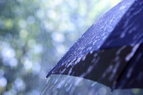 Hujan Deras dan Saluran Air Tersumbat, Kawasan Lenteng Agung Sempat Terendam