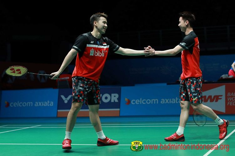 Markus Fernaldi Gideon/Kevin Sanjaya Sukamuljo berlaga di Malaysia Open 2019 di Axiatan Arena, 4 April 2019.