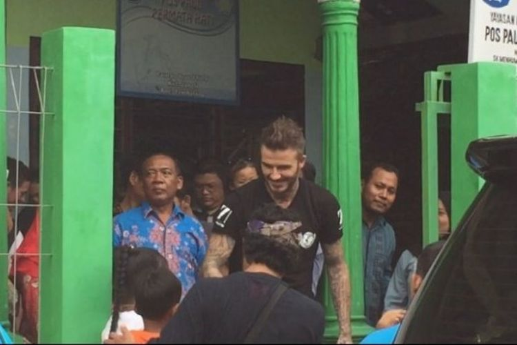 David Beckham, pesepakbola legendaris asal Inggris, tiba-tiba mengunjungi Pos PAUD Permata Hati, Jl Pancursari RT 4 RW 4, Jangli, Tembalang, Kota Semarang, Selasa (27/3/2018) siang.