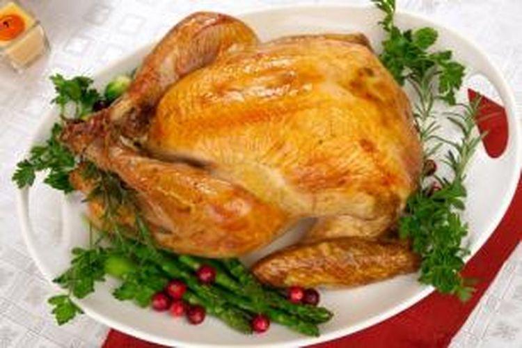 Sajian Kalkun Panggang untuk peryaan Hari Thanksgiving