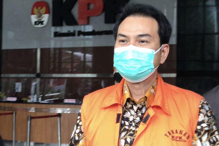 Mantan Wakil Ketua DPR Azis Syamsuddin telah selesai diperiksa Komisi Pemberantasan Korupsi (KPK) pada Senin (11/10/2021) sore. Azis menjalani pemeriksaan dalam kasus dugaan suap penanganan perkara tindak pidana korupsi yang ditangani KPK di Kabupaten Lampung Tengah.