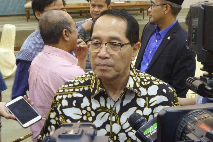 Wakil Ketua Badan Legislasi DPR RI Firman Soebagyo di Kompleks Parlemen, Senayan, Jakarta, Selasa (6/6/2017).