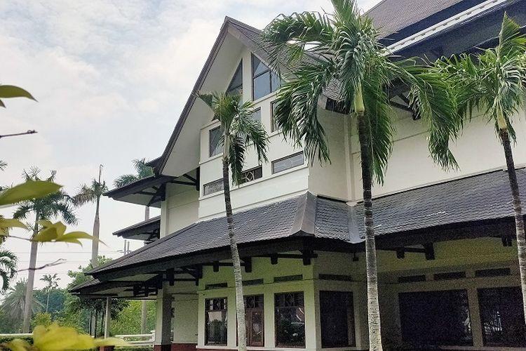Bangunan Museum Padepokan Pencak Silat Indonesia di Jalan Taman Mini Indonesia Indah 1, Pinang Ranti, Jakarta Timur.