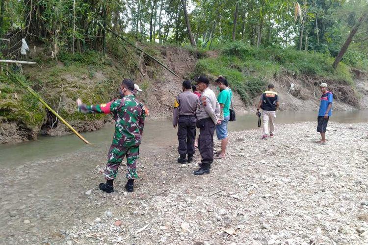 Lokasi tenggelamnya bayi berusia 1 tahun 8 bulan di sungai di Dusun Geyer, Desa Geyer, Kecamatan Geyer, Kabupaten Grobogan, Jawa Tengah, Rabu (29/4/2020) sore.