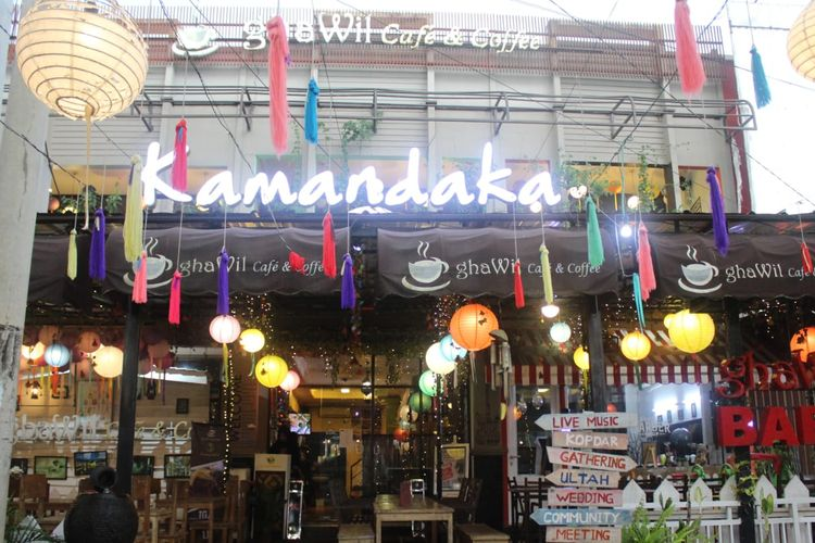 Tampak depan ghaWil Cafe and Coffe di Sukmajaya, Depok.