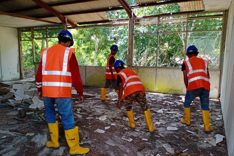 Rehabilitasi bangunan eksisting di Bekas Tempat Penampungan Pengungsi Vietnam dimulai Senin (9/3/2020).