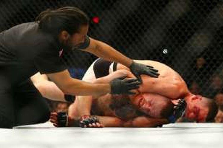 Nate Diaz saat mengalahkan Conor McGregor pada 5 Maret lalu.
