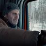 Sinopsis The Ice Road, Misi Berbahaya Liam Neeson dan Lawrence Fishburne