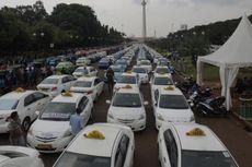 Rhenald Kasali: Blue Bird, Express Perlu Pangkas 50 Persen Armada Taksinya