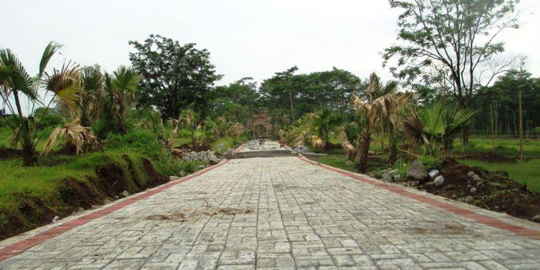 Kebun Raya Indrokilo dalam tahap pengerjaan. Rencananya akan dibuka pada 2019.