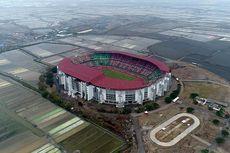 Bahas Bau Sampah di Stadion GBT, Khofifah Siap Duduk Semeja dengan Risma