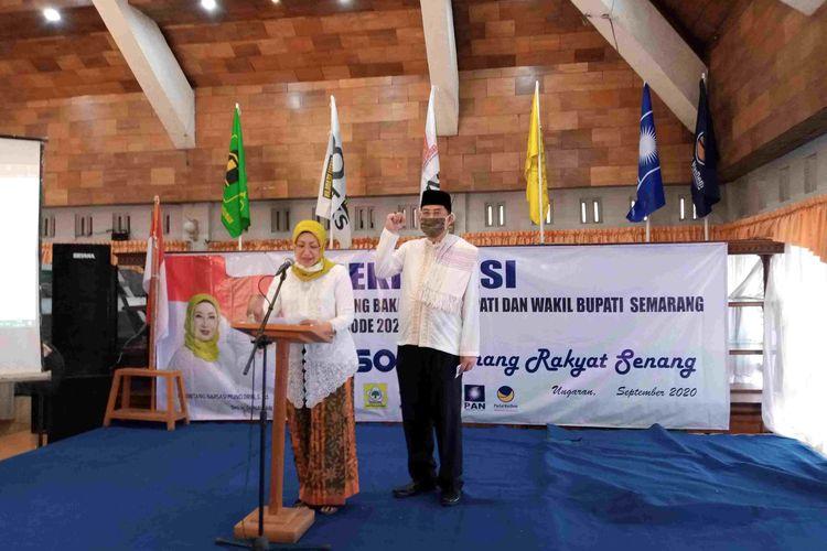 Pasangan Bintang Narsasi Mundjirin-Gunawan Wibisono melakukan deklarasi untuk Pilkada Kabupaten Semarang 2020.