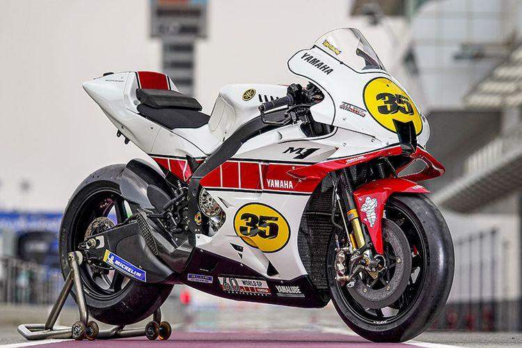 Livery speed block Yamaha dengan warna putih dan merah untuk memperingati 60 tahun balapan di grand prix