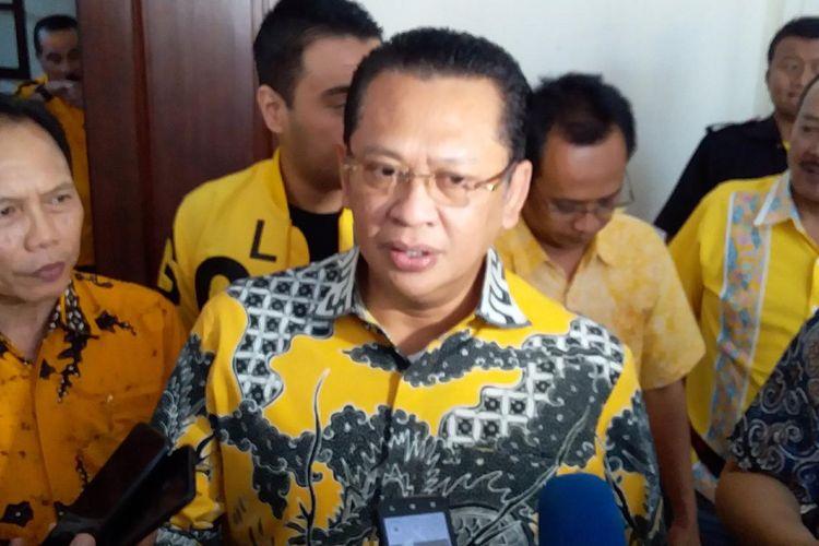 Ketua MPR RI, Bambang Soesatyo saat di temui awak media di Kantor DPD Partai Golkar Jawa Tengah, Kamis (24/10/2019).