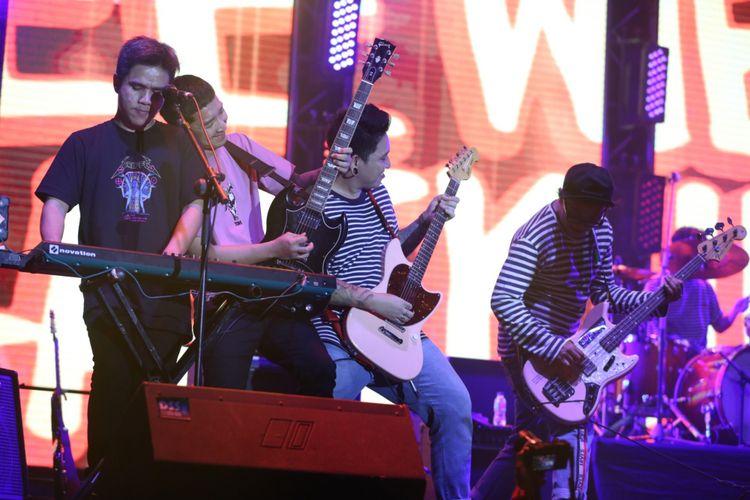 Pee Wee Gaskins tampil menghibur penonton saat acara Hodgepodge Superfest 2018 di Allianz Ecopark Ancol, Jakarta Utara, Minggu (2/9/2018). Sebanyak 15 artis musik internasional dan lokal akan tampil, salah satunya The Libertine ess Connelly, August Alsina, Gallant dan lain-lain.