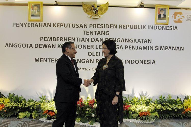 Anggota Dewan Komisioner LPS Didik Madiyono dan Menteri Keuangan Sri Mulyani