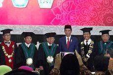 Senyum Jokowi Sepanjang Pengukuhan Ma'ruf Amin sebagai Guru Besar UIN Malang
