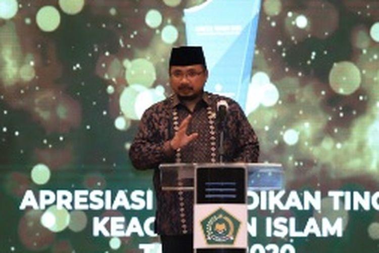 Menteri Agama Yaqut Cholil Qoumas beri penghargaan Adiktis 2020 ke 15 PTKI.
