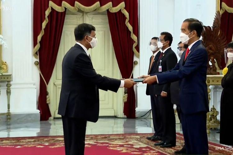 Foto tangkapan layar upacara penyerahan surat kepercayaan tujuh Duta Besar LBBP untuk Indonesia di Istana Merdeka, Jakarta, Kamis (4/2/2021).