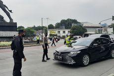 [POPULER JABODETABEK] Simpatisan Rizieq Shihab Dipulangkan | Sanksi Tilang Pelanggar Ganjil Genap di Jakarta