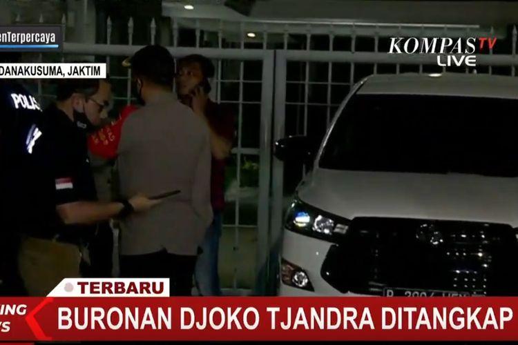 Djoko Tjandra ditangkap dan dijemput di Bandara Halim Perdanakusuma pada Kamis (30/7/2020) malam.