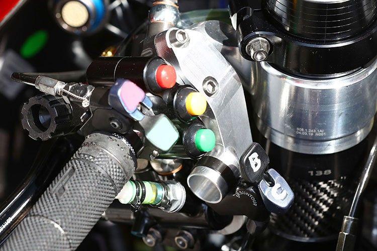 Tombol rahasia terbaru Ducati disebut sebagai alat untuk mengaktifkan Ride Height Adjuster
