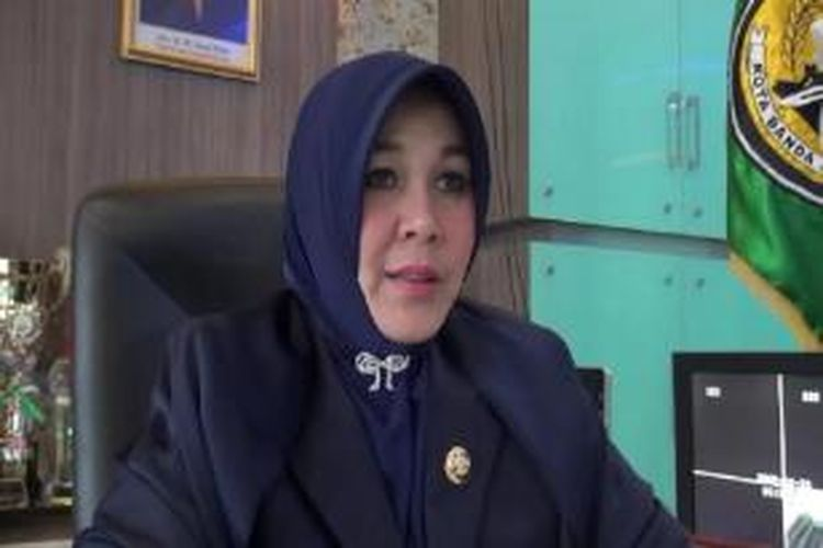 Pemerintahan Kota Banda Aceh melarang perayaan malam pergantian tahun terutama bagi umat muslim.