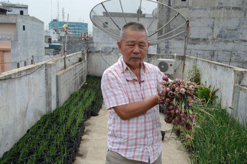 Kisah Mak Pak Kim Bercocok Tanam di Ruko Lantai 5, Panen Bawang hingga Siap Tularkan Ilmu