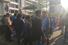 Berduka atas Kematian Mahasiwa UHO di Kendari, PMII Demo Polres Jakarta Selatan