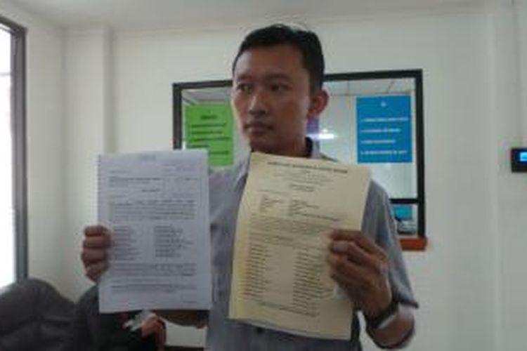 Komite Aksi Solidaritas Untuk Munir, mendaftarkan gugatan pembatalan pembebasan bersyarat (PB) terhadap terpidana kasus Munir, Pollycarpus Budihari Priyanto, di Pengadilan Tata Usaha Negara (PTUN), Cakung, Jakarta Timur, Rabu (4/2/2015).