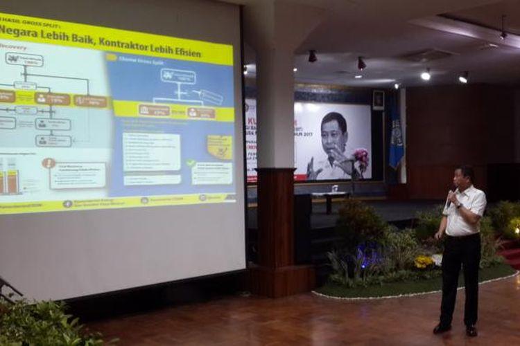 Menteri ESDM Ignasius Jonan saat mengisi Kuliah Tamu dan Workshop Capasity Building Energi Baru Terbarukan (EBT) oleh Pemuda Muhammadiyah di Hall Dome Universitas Muhammadiyah Malang, Selasa (21/2/2017).